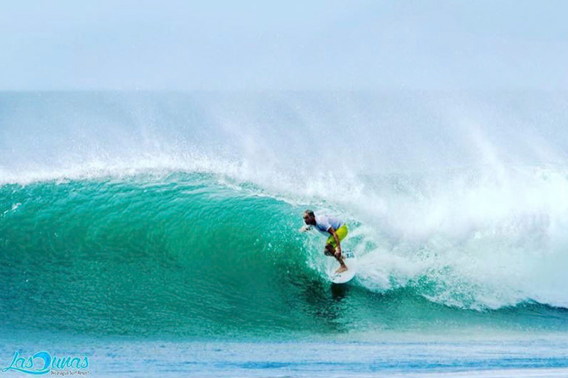 Aposentillo best beach to surf nicaragua