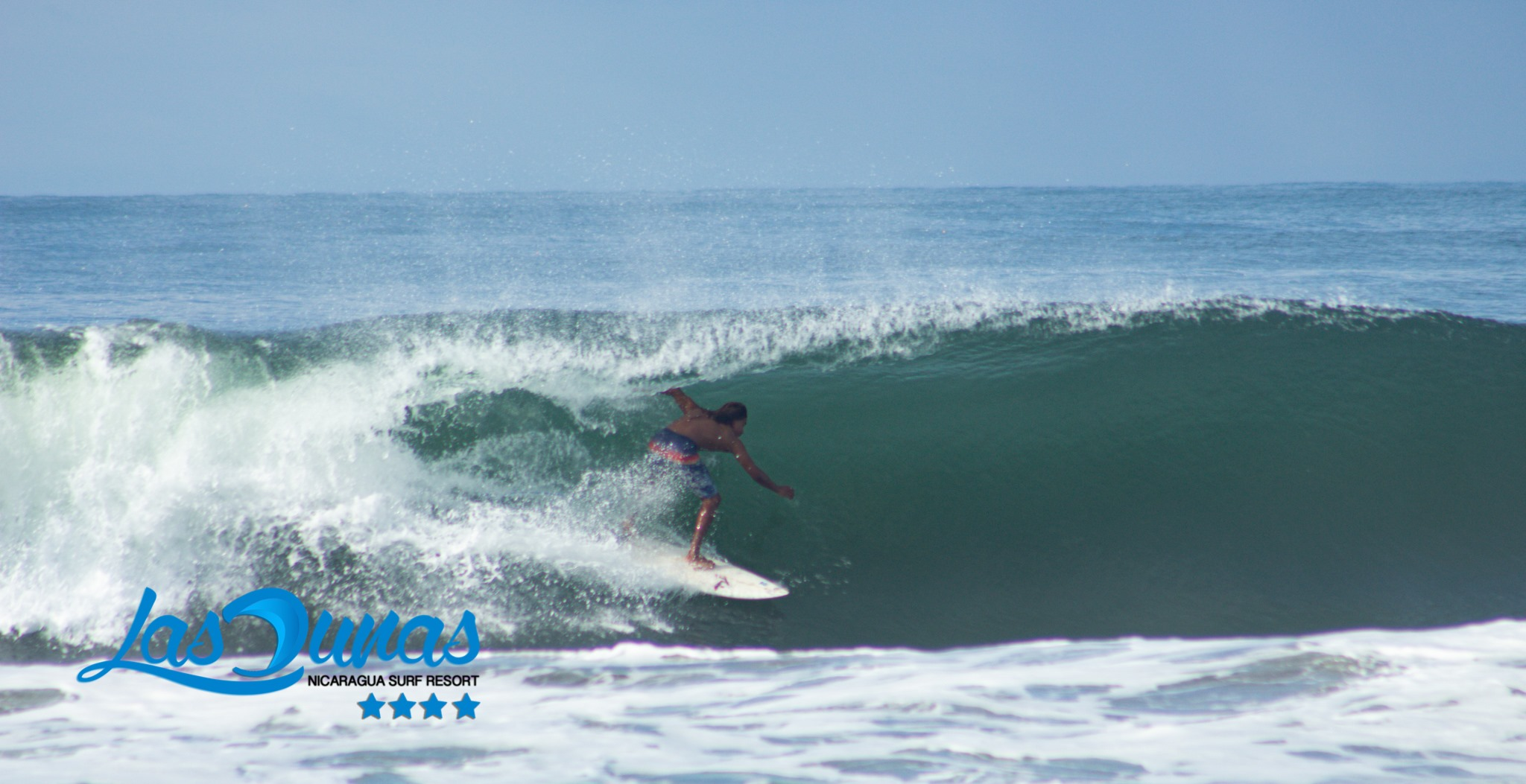 Surf in Las Dunas Surf Resort, Aposentillo, Nicaragua.